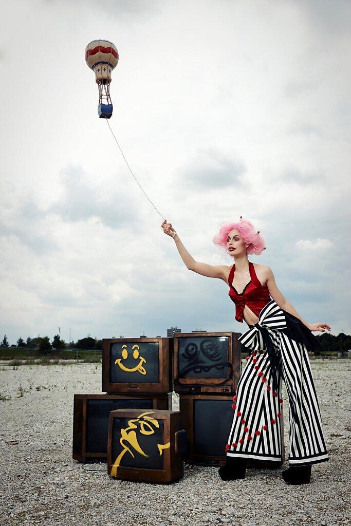 Slideshow-Fashion-Circus-11.jpg