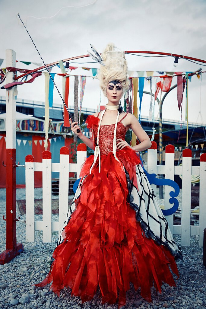 Slideshow-Fashion-Circus-26.jpg