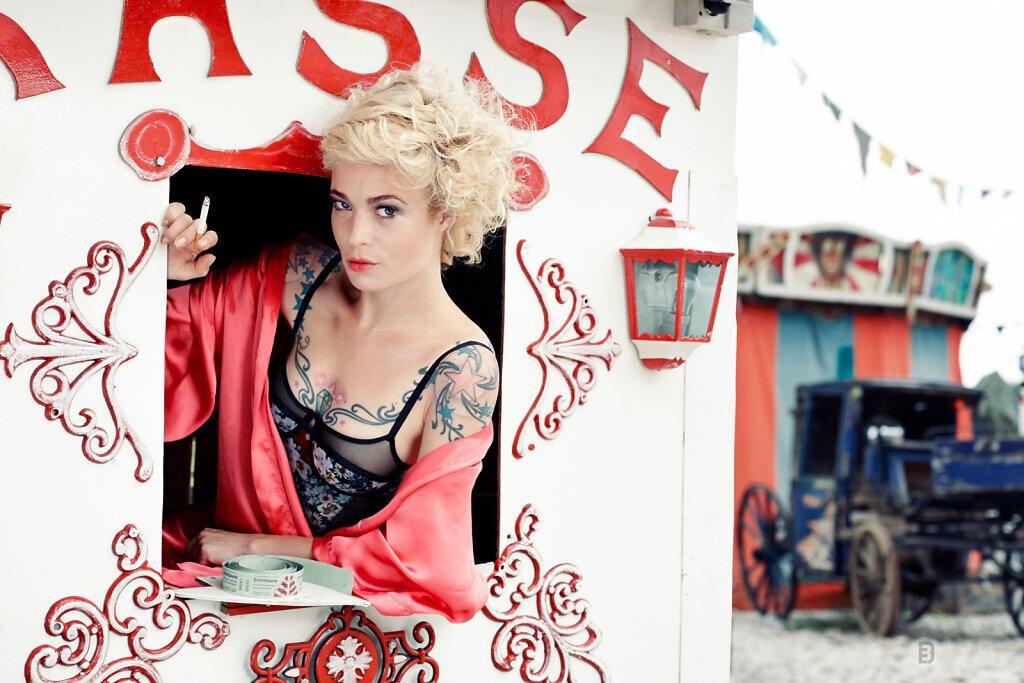 Slideshow-Fashion-Circus-07.jpg